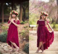 sevimli giyinmiş toptan satış-2019 Sevimli Koyu Kırmızı Kapalı Omuz Çiçek Kız Elbise Çay Boyu Bir Çizgi Kısa Kollu Tam Dantel İlk Communion elbise Kızlar Pageant elbise