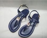 flip flop de baixo salto venda por atacado-2018 Novos Moda Mulher Sandálias famosa marca Thong flip Flops Sapatos de verão Mulheres Sandálias da praia de couro tipo 3