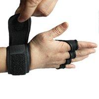 guantes de gimnasio mano al por mayor-Nuevos 1 Par Peso Guantes de entrenamiento de elevación hombres de las mujeres de fitness Deportes cuerpo Building Gimnasia apretones de gimnasia palma de la mano Guantes Protector