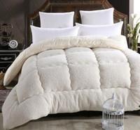 wolldecke stoff großhandel-Wolle lhair warme Winterwolle Steppdecke verdicken Bettdecke / Bettdecke / Decke Lamb Down Fabric Füllung König Queen-Size
