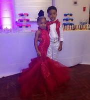 kırmızı payet çiçek kız elbisesi toptan satış-Sparkly Kırmızı Payetli Çiçek Kız Elbise Düğün İçin Halter Boyun Pageant Törenlerinde Kat Uzunluk Çocuk Doğum Günü Balo Elbise