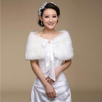 kış için gelin sargılar toptan satış-Formal Elbise / Parti / Gelinlik için Moda Beyaz Isıtıcı Kış Faux Fur Gelin Şal / Wrap Ucuz Zarif Kadın Akşam Cape