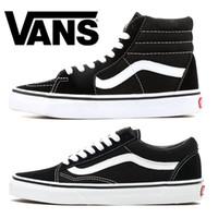 eski kadın ayakkabıları toptan satış-Van Bay Bayan Günlük Ayakkabılar Old Skool Tuval Tasarımcı Sneakers Üçlü Siyah Beyaz Moda Erkek Paten Spor Ayakkabı Boyut 36-44