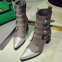 siyah ayak bileği botları kalın topuk toptan satış-Oeak Moda Kadınlar Perçinler PU Yılan Baskı Patik Toka sapanlar Kalın Topuk Siyah Bilek Kadın Boots Ayakkabı dekore Boots Çivili