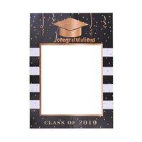 ingrosso cornice di carta nera-2019 Festa di laurea Prop Carta fotografica Cornice nera e oro Tappo di laurea Carta decorativa Cornice foto fai da te Prop