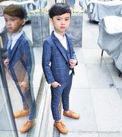 vestuário sem marca venda por atacado-Venda quente das Crianças roupas de primavera e outono terno de um menino terno coreano tarja terno de três peças set casaco casaco sem camisa
