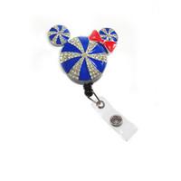 рейки оптовых-Симпатичные Студенческие конфеты эмаль горный хрусталь Животное Мышь Голова Выдвижной Значок Катушка для Медсестры