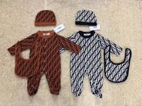 ingrosso vestito dal tutu del bambino-Neonato europeo e americano in puro cotone, con cappelli e bavaglini di marca firmati 3 set WX190506028