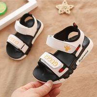bordado niño bebé niño niña al por mayor-Moda bordado dibujos animados abeja niños zapatos niño verano sandalia niños zapatillas de deporte suave transpirable cómodo bebé niños niñas niño playa zapato