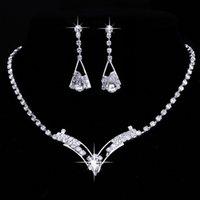 diamant tropfen halsketten bräute großhandel-Mode Silber Kette Wassertropfen Halskette Set Mädchen Weiß Kristall Diamanten Kragen Halskette Braut Halskette Ohrringe Hochzeit Schmuck
