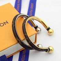 estilo dos braceletes do ouro venda por atacado-Novo estilo de couro Cuff Bangle com design da bola do logotipo para as mulheres Top qualidade de Ouro aberto pulsera cor Flor pulseira jóias Finas