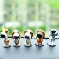 ornamento de cão de resina venda por atacado-ornamento carro animal engraçado agitando brinquedos cabeça acessórios do carro Decor Nodding Resina cão filhote de cachorro acessórios ornamento interior
