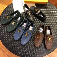 ingrosso decorazione di affari-Vendita calda 2019 Nuovi uomini del progettista di lusso Scarpe in vera pelle con decorazione in metallo Leisure Business Dual Purpose Scarpe scarpe da sposa