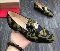 zapatos de boda rhinestone al por mayor-Zapatos de diseñador para hombre para hombre zapatos de boda formales de cuero genuino de alta calidad tachonada rhinestone para hombre zapatos de negocios dh2a26
