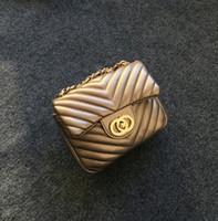 ingrosso catena di sacchetti di denaro-Borsa a tracolla piccola catena di donne C marchio Borsa piccola borsa a tracolla ragazze borsa carina borsa della moneta frizione caramelle colore bambini borsa di denaro di lusso