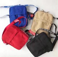 bolso de cintura pequeño para hombres al por mayor-Unisex Sup 44. ° paquete Paquete de cofres Paquete de fanny Bolso de cintura de los hombres Lienzo Cinturón de hip-hop Bolso de los hombres Bolsas de mensajero 18ss Bolso pequeño