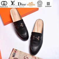 importierte schwarze lederschuhe großhandel-Vvtisks6 Imported Leather Half Slippers 1613 Schwarz Damen Slippers Drivers Sandals Slides Sneakers Leather Slipper Echtlederschuhe