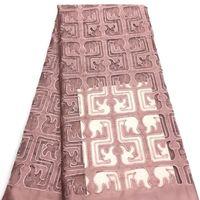 schneiden von spitzenstoff großhandel-Afrikanisches Spitzegewebe Hand geschnittenes Schweizer Spitzegewebe für Hochzeitskleidnigerianische Spitzegewebe QG208