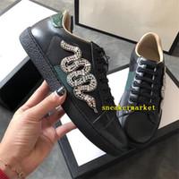 ingrosso fiori popolari-Popolare Designer Uomo Donna Sneaker Scarpe casual Moda marchio ricamo fiore Bee Stripes scarpa da tennis scarpe da ginnastica bianche con scatola