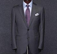 ingrosso vestito grigio di un pezzo-Mens grigio scuro a righe a due pulsanti Blazer Peak vestito dal risvolto del partito Abiti da sposa sposo convenzionale degli uomini di affari di usura degli smoking One Piece