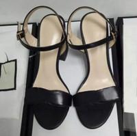 ingrosso gabbia calda-Vendita calda stile europeo moda classico sandali Lady Estate oro argento impreziosito Wing Sandali tacco alto marca dorato gabbia sandali