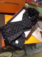 schwarzer weißer baumwollschal großhandel-Mens Classic Schal Lange Plaid Wollmischung Winter Schals Mode Geschenk Schwarz Weiß Farben Freies Verschiffen