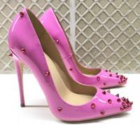 yeni marka kırmızı gül toptan satış-Yeni Seksi Marka Kırmızı Alt Çivili Patent Deri Yüksek Topuk Kadın Gül Pembe lake Perçin Çivili Sivri Ayakkabılar bayan Düğün Elbise Ayakkabı