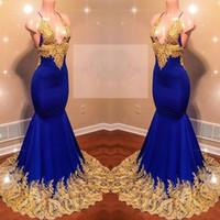 ingrosso blue halter neck dress-Sexy scollo a V profondo Royal Blue Mermaid Prom Dresses Pizzo oro Appliques Halter Splendido bordo Piping abito da sera lungo partito