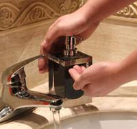 dispensador de resina al por mayor-Bomba dispensadora de jabón de resina de 170 ml Bomba de jabón de mano para hotel Jarra de acero inoxidable Dispensador de jabón / loción nuevo GGA2648