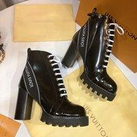 damen damen stiefel großhandel-Luxus Designer Damenschuhe Stiefeletten Lackleder und strapazierfähige Sohlen Mode-Klassiker Damen Winter Ritter Stiefel Beste Qualität
