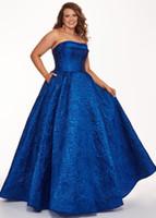 yarık tafta toptan satış-Zarif Kraliyet Mavi Akşam Balo Elbise Artı boyutu Prenses Straplez Dantel Aç Geri Dantelli Kat Uzunluk 2019 Özel Durum Elbise Ucuz