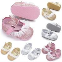 ingrosso principessa del merletto dei pattini della neonata-New Baby Girl Shoes Paillettes Lace PU Leather Princess Baby Crown Shoes I primi camminatori Newborn Mocassini per le ragazze