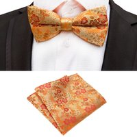 pajarita de seda dorada al por mayor-Nueva seda de la flor de negocios Bowtie hombres Vintage púrpura rojo negro oro Royal Blue Wedding Bow Ties bolsillo cuadrado pañuelo conjunto
