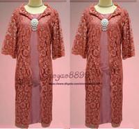 anne elbisesi uzun uzunluk uygun toptan satış-2019 mütevazı dantel İki Adet Anne Gelin suits uzun ceket diz boyu Kadın Balo Abiye ucuz zarif kadın düğün konuk elbise