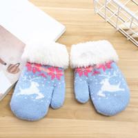 Wholesale kids wool mittens resale online - Christmas Kids Gloves Cartoon Deer Elk Knitted Mittens Winter Thicken Boy Gloves Outdoor Girls Mitts Xmas Magic plush Mittens LJJA3320