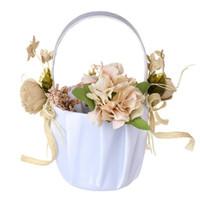 ingrosso cesto di fiori della sposa-New Weeding Candy Flower Storage Basket La sposa a forma di cuore perle di raso Wedding Decor fiori Bridal Flower Girl Basket