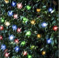 солнечные сетчатые огни оптовых-Солнечная Энергия Сетевые Огни 1.5Mx2M 100 Светодиодов Сетчатые Огни Строки Водонепроницаемый для Наружных Садов Дома Танцы Рождественская Вечеринка