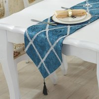 Wholesale beds runner resale online - Luxury Flannel Table Runners Modern chemin de table Runners for Wedding Party camino de mesa tafelloper Bed Flag Home Dec
