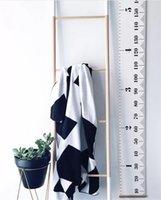 schwarze modelle füße großhandel-Ins Models Home Kinder Höhe Füße Nordic Schwarz und Weiß Einfache Kreative Dekorative Wandaufkleber Wandbehang Fotografie Requisiten