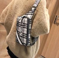 проверить стиль сумки оптовых-Оптовая продажа фабрики бренд женская сумка западный стиль проверить грудь сумка Корейский спортивный досуг плюшевые ткани талии сумка личность зима messenge