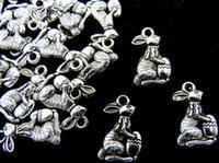 ostern perlen armbänder großhandel-Tibetische Silber Ostern Kaninchen Charms Anhänger Alice im Wunderland Bunny Anhänger Bead Charms passen europäischen Armband Halskette Ohrringe Schmuck
