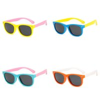 hellblaue karikatur großhandel-Retro Kinder Sonnenbrille Junge Mädchen Cartoon Kunststoff Sonnenbrille Polarisierte Licht Eyewear Bardian Mode Komfortable Orange Grün Blau 8wn D1