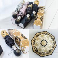 schwarzer karabiner großhandel-Marke Regenschirme drucken Sonnenschirm Medusa Logo Sonnenschirm Frauen Winddicht Outdoor Ultraviolett Beweis Regen Falten 4 Farben MMA1696