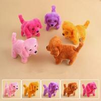 komik doldurulmuş hayvanlar toptan satış-Elektronik Peluş Köpek Oyuncaklar Moda Yürüyüş Barking Müzik Oyuncak Komik Elektrik Gücü Kısa Ipi Köpek Doldurulmuş Hayvanlar Oyuncaklar Yenilik Öğeleri GGA1620