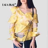 Nueva blusa de verano camisas mujeres de manga larga con cuello asimétrico  volantes camisas para mujer con volantes un hombro superior Blusa Mujer  SWC0271 4 d65d213a1c4c