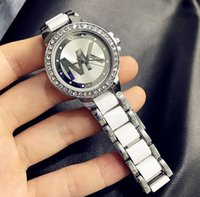 Wholesale fashion lady watches china resale online - 2019 hot Korean fashion letter bracelet ladies quartz watch student female watch gift bracelet fashion watch