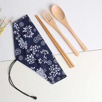 japanese style chopsticks toptan satış-Yemek Seti Çevre Dostu Sofra Ahşap Taşınabilir Ahşap Kaşık Çatal Çubuklarını Çatal Seti Kamp Için Japon Tarzı Saklama Çantası Sofra Takımı