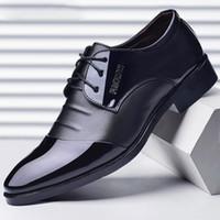 italienische büroschuhe großhandel-italienische mode männer formale schuhe leder party büro schuhe männer hochzeit schuhe sapato social scarpe