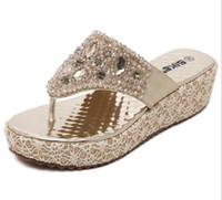 sandales compensées argentées achat en gros de-Chaussures été femme grande taille 35-40 strass perles sandales compensées pantoufles été tongs or argent