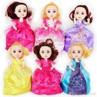 cupcake kuchen cartoons großhandel-Cupcake Scented Princess Doll 15CM 6 Stück Reversible Cake Debbie Lisa Etüde Britney Kaelyn Jennie mit 6 Geschmacksrichtungen Magic Toys für Mädchen
